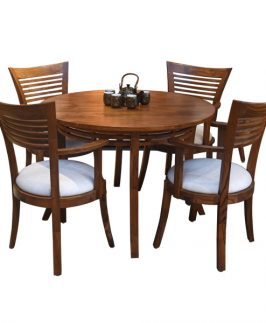 Lym Dining Table with 4 Lym Armchairs